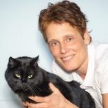 Angela Genovese - Katzen gesund füttern