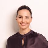 Aesthetics Redefined in Düsseldorf - Dr. Annette Herold