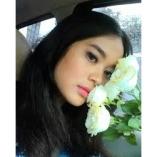 Adelia Lauren