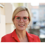Anika Tannebaum-Digital Leadership & Service Expert