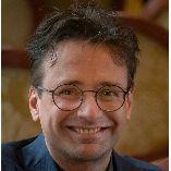 Pianist Marcus Sukiennik