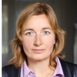 Cornelia Bölter, Versicherungsmaklerin