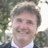 Dr. Robert MacArthur, MD